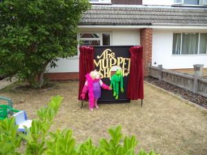 No 1 Kermit and Mis Piggy